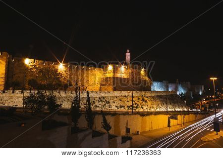 Streeo of old city Jerusalem at night