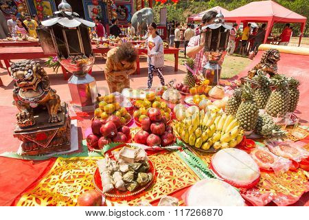 KOH CHANG, THAILAND - JAN 7, 2016: Unidentified participants during the celebration of Chinese New Year in Koh Chang Chinese temple. Now begins 4714 year according traditional lunisolar Chinese calendar.