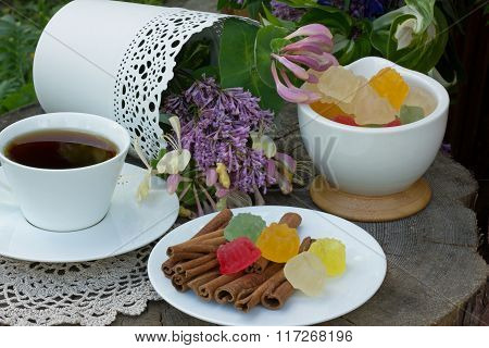 multicolored marmalade,Cup of tea