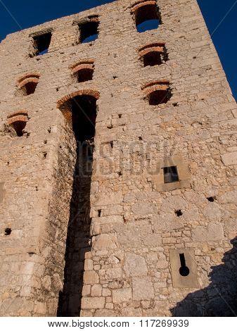 Ruins Of Ogrodzieniec Castle - Poland