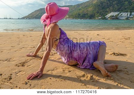Woman relaxing in tropical beach