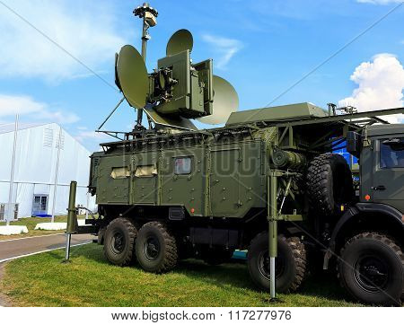 MOSCOW REGION - AUGUST 27: Mobile radar device with antenna of rhe ground module for electronic suppression with the main and side lobes  on August  27, 2015 in Moscow region