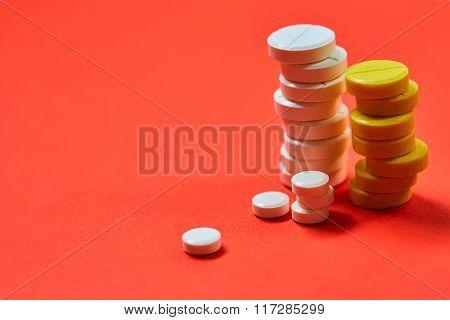 Tablets. Medicine symbol.