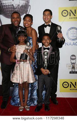 LOS ANGELES - FEB 5:  Black(ish) Cast at the 47TH NAACP Image Awards Press Room at the Pasadena Civic Auditorium on February 5, 2016 in Pasadena, CA