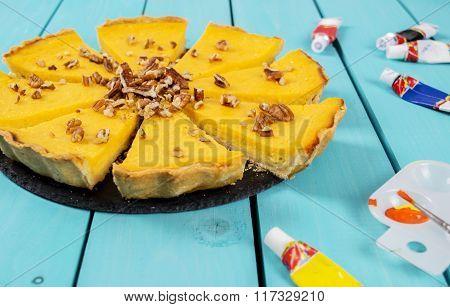Pumpkin tart with pecans
