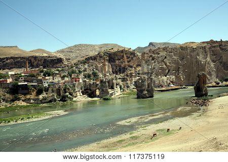 Old Hasankeyf Village in Eastern Turkey