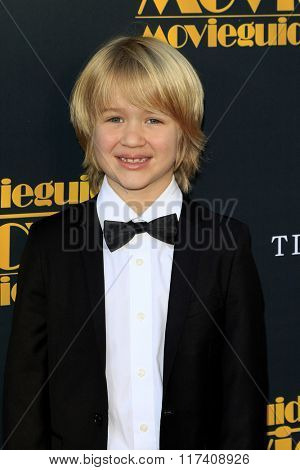 LOS ANGELES - FEB 5: Bobby Batson at the 24th Annual MovieGuide Awards at Universal Hilton Hotel on February 5, 2016 in Universal City, Los Angeles, California