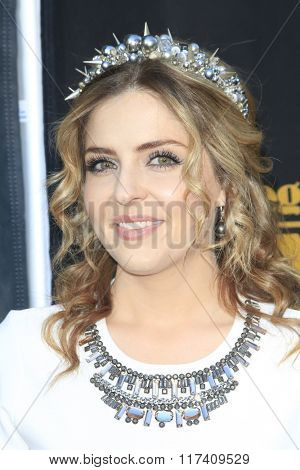 LOS ANGELES - FEB 5: Jen Lilley at the 24th Annual MovieGuide Awards at Universal Hilton Hotel on February 5, 2016 in Universal City, Los Angeles, California