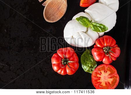 tomato with mozzarella