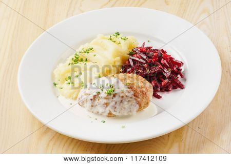 cutlet with mashed potato