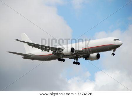 Heavy Cargo Jet Landing