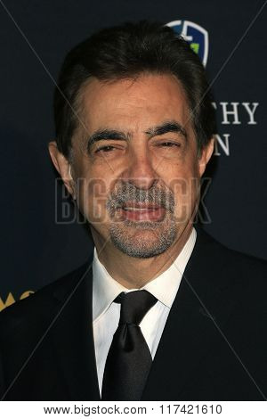 LOS ANGELES - FEB 5: Joe Mantegna at the 24th Annual MovieGuide Awards at Universal Hilton Hotel on February 5, 2016 in Universal City, Los Angeles, California