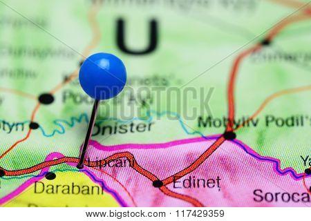 Lipcani pinned on a map of Moldova