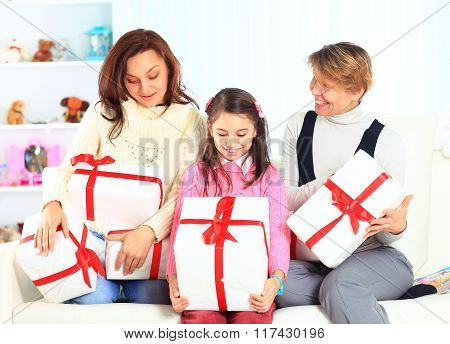 grandma mom and daughter with gifts