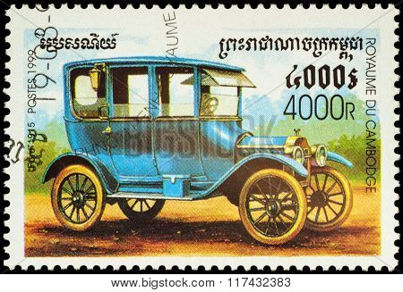 Old Car Ford (1915) On Postage Stamp