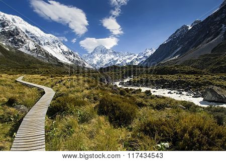 Boardwalk in the Hooker valley looking towards Mt Cook