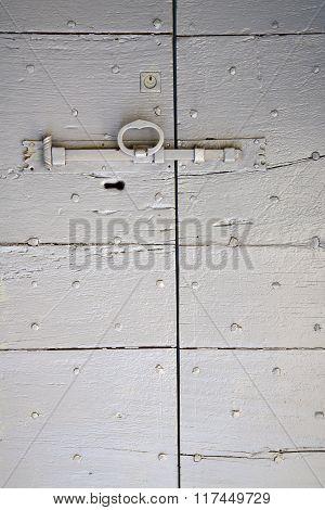 Villadosia  Knocker  A  Door Curch  Lombardy Italy