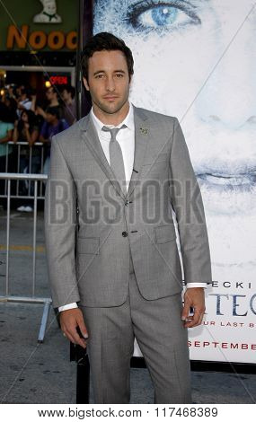 Alex O'Loughlin at the Los Angeles Premiere of