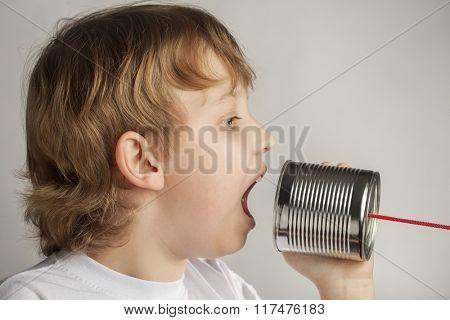 beauty boy speak in tin can telephone