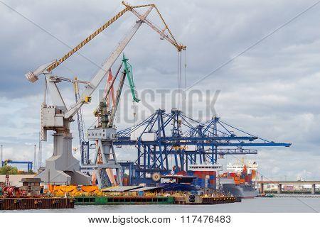 Gdynia. Sea port.