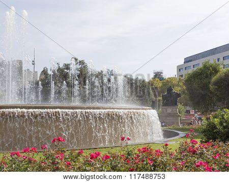 Beautiful Fountain In The Plaza Catalunya