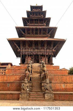 Nyatapola Pagoda On Taumadhi Square In Bhaktapur
