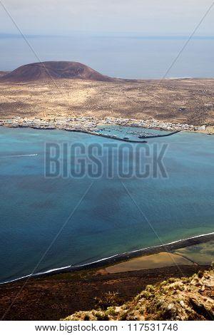 Spain Miramar Del Rock Sky Beach  Boat   In Lanzarote