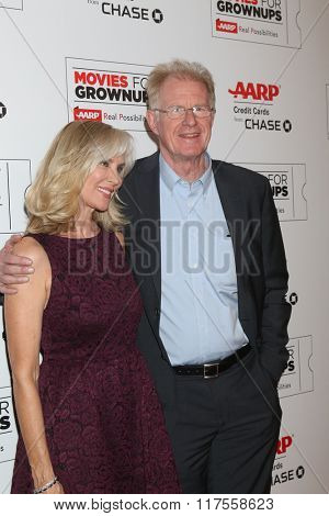 LOS ANGELES - FEB 8:  Rochelle Carson, Ed Begley Jr at the 15th Annual Movies For Grownups Awards at the Beverly Wilshire Hotel on February 8, 2016 in Beverly Hills, CA