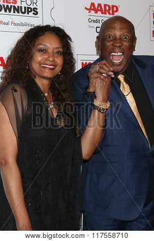 LOS ANGELES - FEB 8:  Lou Gossett Jr, fiance at the 15th Annual Movies For Grownups Awards at the Beverly Wilshire Hotel on February 8, 2016 in Beverly Hills, CA