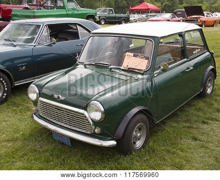 1981 Green Mini Car Side View