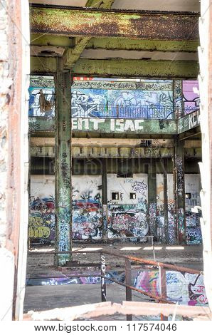 Old Power House: Vandalism