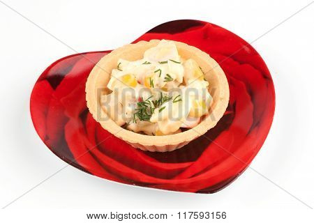 Tartlet With Salad On A Red Plate