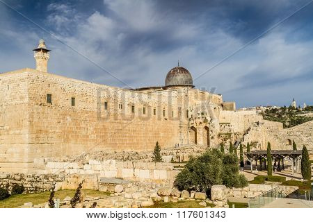Al-aqsa Mosque, Temple Mount In Jerusalem