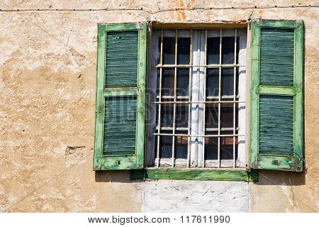 Lonate Ceppino Varese Italy Abstract  Window   Green  Wood Venetian