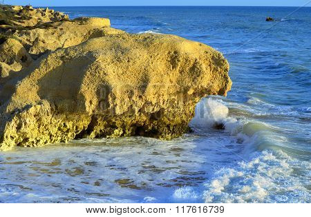 Spectacular rock formations on Sietskes Beach on the Algarve coast