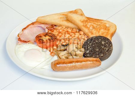 Traditional fried breakfast