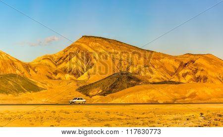 Motorway Tehran - Isfahan In Karkas Mountains, Iran