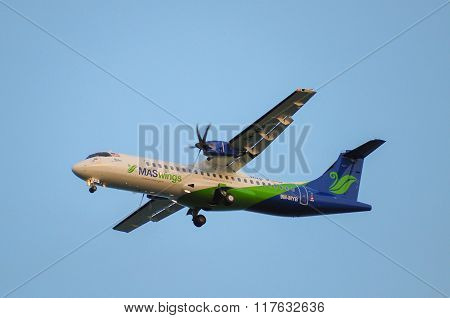 Mas Wings Airlines ATR-72-500 takes off from Labuan Airport.