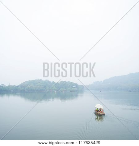View In The Mist Of Xihu