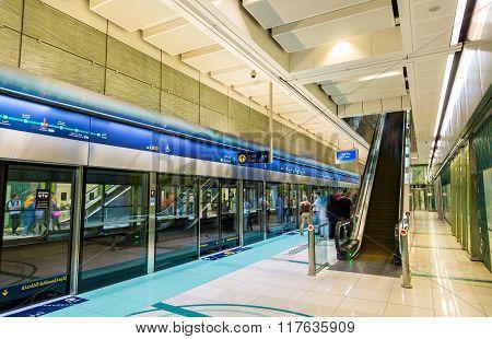 Dubai, Uae - January 1: Interior Of Baniyas Square Metro Station On January 1, 2016 In Dubai, Uae. T