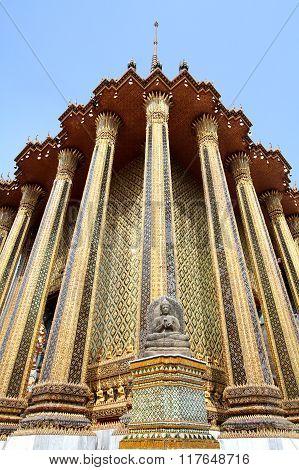 Buddha Image At A Golden Pagoda