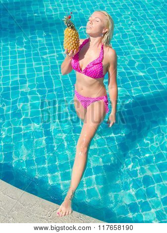 Summer Fun Blonde Woman