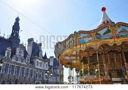 Parisian carousel at the City Hall
