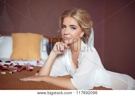 Beautiful Smiling Bride Wedding Portrait. Beauty Fashion Girl Posing At Home. Makeup. Hairstyle. Att