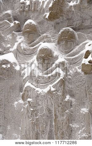 "Defenders Of Stalingrad On A Bas-relief Of ""wall Ruins"""