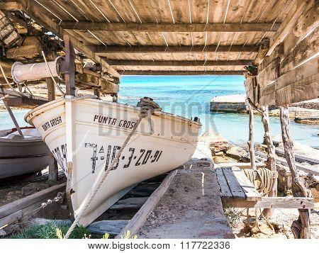Punta Grosa Boat