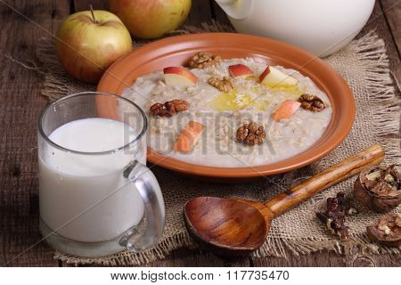 Porridge With Milk, Nuts And Apples
