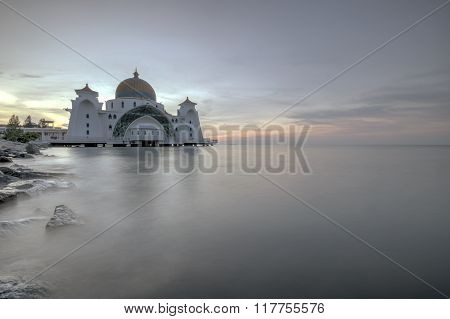 Sunrse at Malacca Straits Mosque