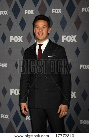 LOS ANGELES - JAN 15:  Kevin Alejandro at the FOX Winter TCA 2016 All-Star Party at the Langham Huntington Hotel on January 15, 2016 in Pasadena, CA