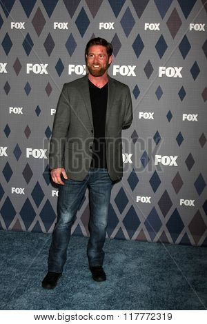 LOS ANGELES - JAN 15:  Noah Galloway at the FOX Winter TCA 2016 All-Star Party at the Langham Huntington Hotel on January 15, 2016 in Pasadena, CA